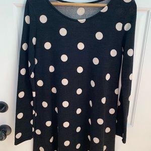 Black / white long sweater